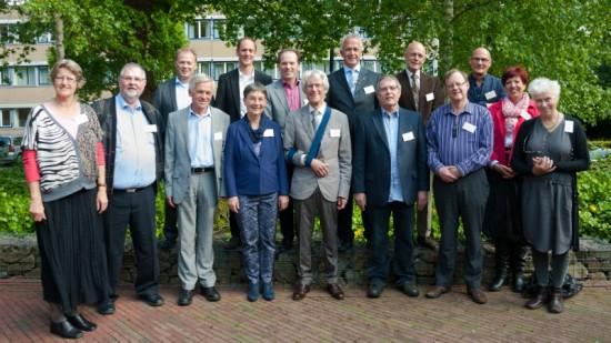 Bij de presentatie aanwezige auteurs en uitgever - foto Erik Wiedenhof